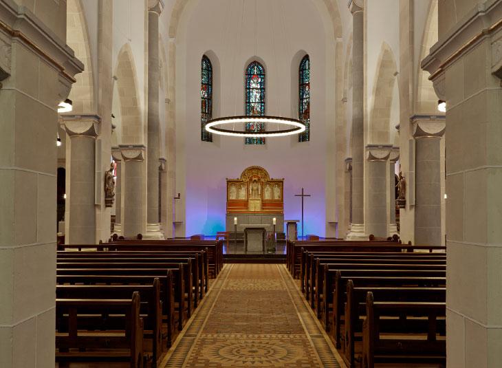 https://www.schmidt-leuchten.com/wp-content/uploads/2017/06/kirche-schmallenberg04_R_730x535.jpg