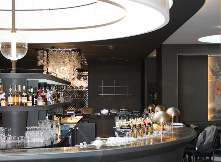 https://www.schmidt-leuchten.com/wp-content/uploads/2017/06/renaissance-hotel02_R_730x535.jpg