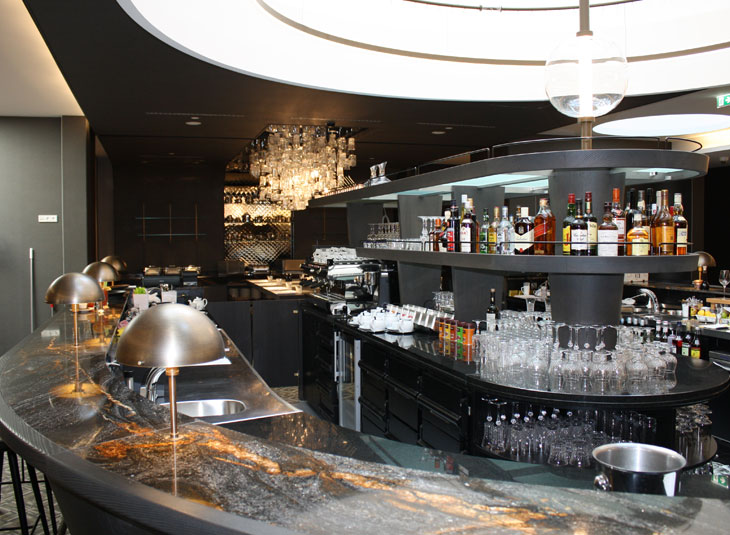 https://www.schmidt-leuchten.com/wp-content/uploads/2017/06/renaissance-hotel03_R_730x535.jpg