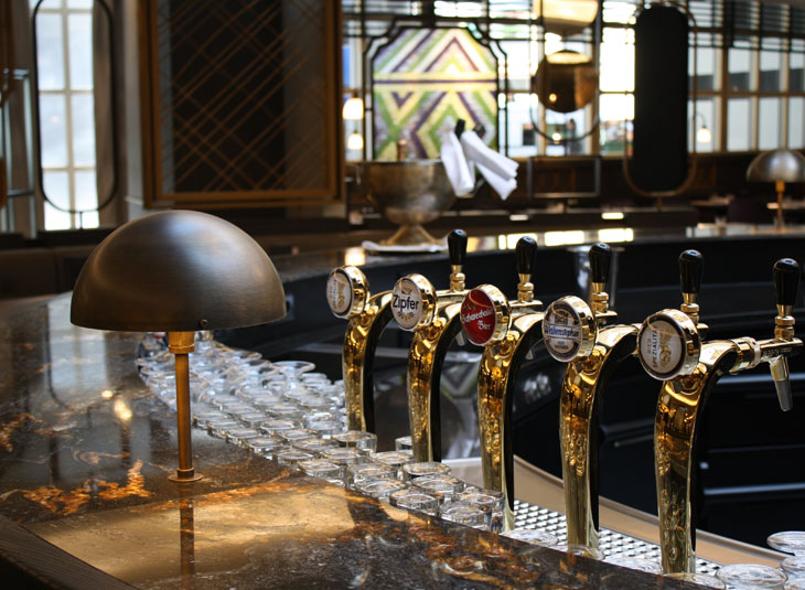 https://www.schmidt-leuchten.com/wp-content/uploads/2017/06/renaissance-hotel06_R_730x535.jpg